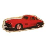 брошь- красная машина
